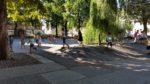 Schulhof 08